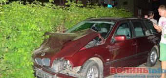 Вночі на Волині зіткнулися три автомобілі