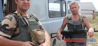 Волинські військові врятували чоловіка, який підірвався на міні в зоні АТО