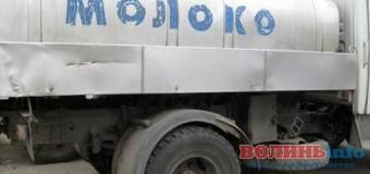 Волинянам не віддають півмільйона гривень за молоко