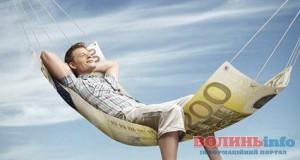 """""""Рекламісти"""" нашкодили благоустрою Луцька на понад сто тисяч гривень"""