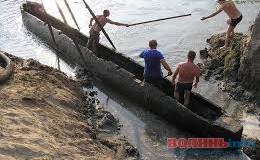 В Україні немає необхідної сировини, щоб законсервувати стародавній човен, який знайшли на Волині