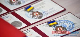 В Луцьку бійцям вручили державні нагороди