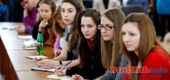 Українські вступники цілеспрямовано обирають корумповані ВНЗ