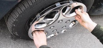Поблизу Луцька поліція впіймала на гарячому крадія автомобільних дисків
