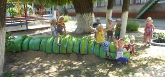 Жителі ДПЗ просять дитячі майданчики