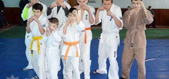 Діти волинських поліцейських взяли участь у змаганнях з рукопашного бою