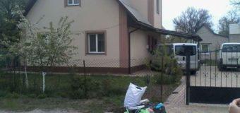 У Луцьку жителі приватного сектору порушують правила благоустрою міста. ФОТО