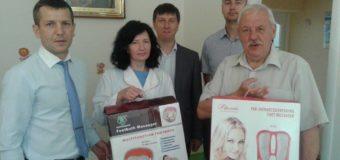 У Луцьку банкіри подарували «Будинку дитини» медапарати. ФОТО