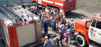У Володимир-Волинському районі рятувальники провели екскурсію для дітей. ФОТО
