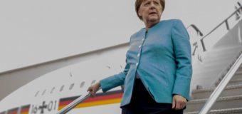 Меркель просить Лондон швидше починати переговори щодо Brexit