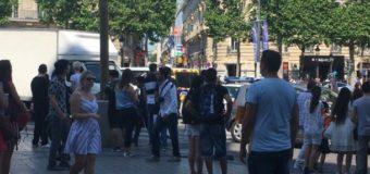 Спецоперація у Парижі: автівка вибухнула, протаранивши фургон поліції