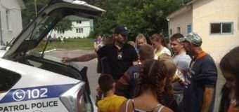 Луцькі патрульні побували у дитячому таборі «Сонячний». ФОТО