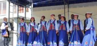 Волинський аматорський колектив «Криниця» має нові сценічні костюми