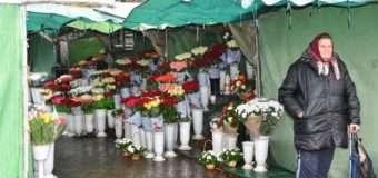 Депутатка Луцькради хоче знати, куди подінуть квітковий ринок