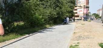 У Луцьку ремонтують дороги та прибудинкові території. ФОТО