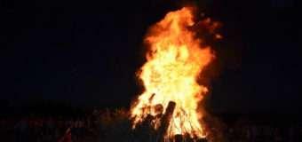 П'яний волинянин стрибнув у купальське вогнище. ВІДЕО