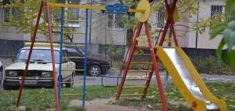 Депутат Луцькради просить встановити дитячий майданчик на 55-му мікрорайоні