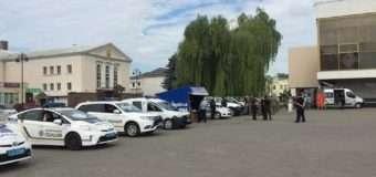 Луцькі патрульні взяли участь у виставці спеціальних поліцейських автомобілів