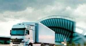Через спеку заборонили рух вантажівок на Волині