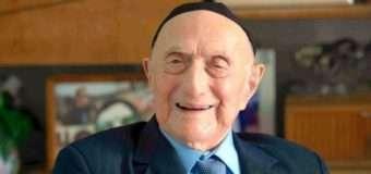 Найстаріший у світі чоловік помер у віці 113 років