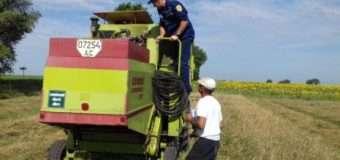 Рятувальники проводять роз'яснювальну роботу на жнивних полях Волині. ФОТО