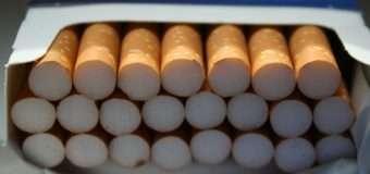 Волинські митники на посту вилучили у білоруса контрабандні цигарки і авто