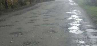 На Волині щойно відремонтована дорога за два тижні стала «фронтовою»