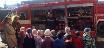 Волинські школярі завітали до рятувальників на пізнавальну екскурсію. ФОТО