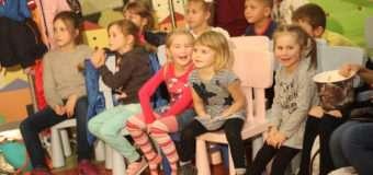 Луцьких дітлахів навчили виганяти «Злидні». ФОТО