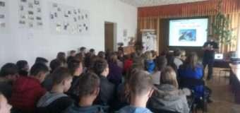 У Луцьку студентам розповідали про причини та наслідки торгівлі людьми