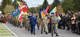 У Луцьку вшанували пам'ять полеглих захисників України. ФОТО