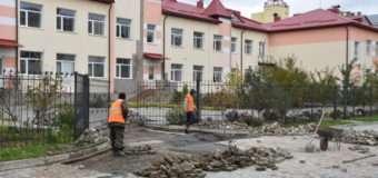 Обранці Луцької громади перевірили, як відбувається будівництво школи № 27. ФОТО