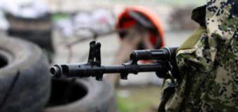 У зоні бойових дій на Донбасі четверо військових дістали поранення