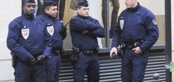 У Франції поліцейський застрелив трьох людей