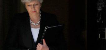 40 британських депутатів готові відправити Мей у відставку, – ЗМІ