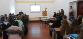 У Луцьку для студентів провели ярмарок вакансій. ФОТО