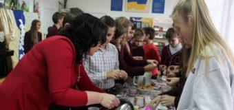 У Волинській обласній бібліотеці для дітей відбувся День чаю. ФОТО
