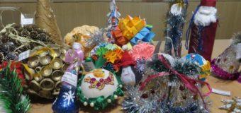 Юні волиняни отримали нагороди від лісівників за участь у новорічному конкурсі
