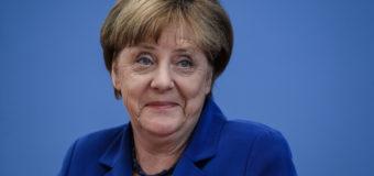 47% німців бажають дострокової відставки Меркель