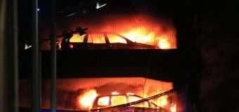 У Новорічну ніч у Ліверпулі згоріло до 1600 авто