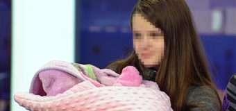 12-річна мама зі Львівщини нарешті зізналася, хто батько її доньки