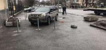 У Луцьку встановили обмежувачі руху на пішохідній вулиці