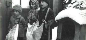 У мережі показали фото колядників початку ХХ століття
