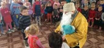 Військові капелани з Волині привітали дітей на Луганщині
