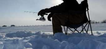 На Волині нагадали правила вилову риби в зимовий період