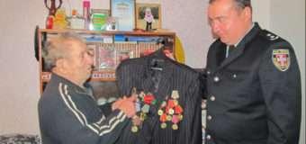 Поліція повернула 93-річному волинянину нагороди, які були викрадені на початку січня