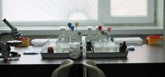 Показали відремонтовані кабінети для забору крові дитячої поліклініки
