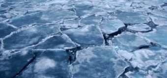 """Вночі на Волині BMW """"катався"""" по замерзлому озері й провалився"""