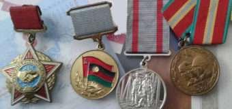 З помешкання ковельчанина 23-річна жінка викрала п'ять медалей