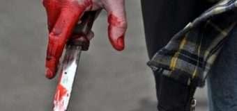 У Луцьку патрульний поза службою, обороняючись, вдарив ножем чоловіка